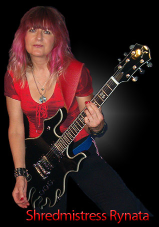 Female Blues Guitarist Rynata with Minarik Inferno black